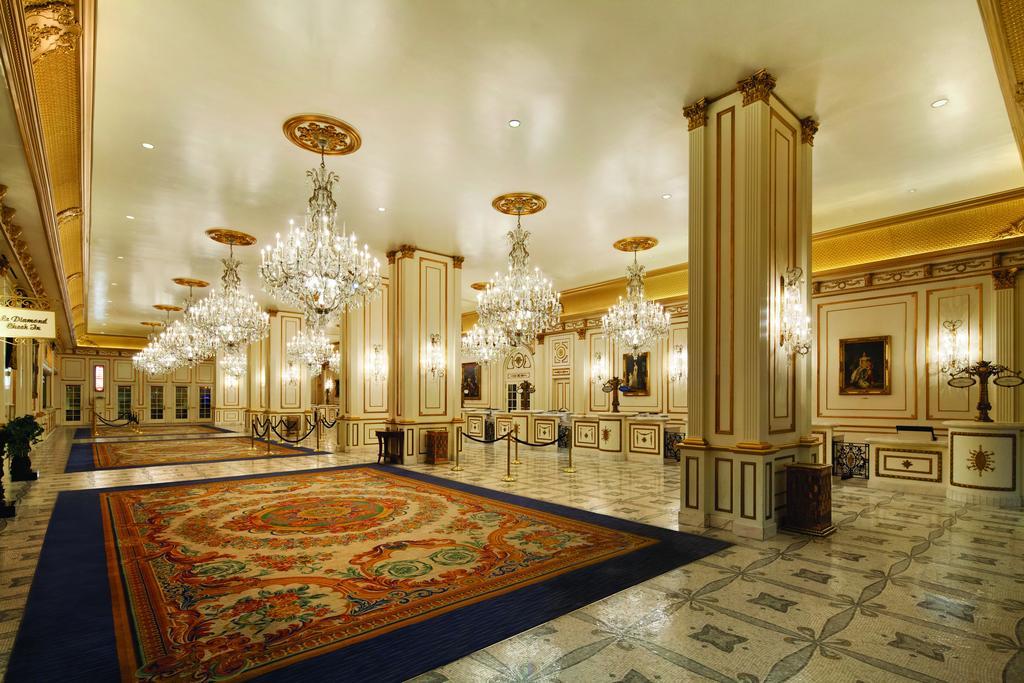 Paris Hotel Las Vegas Hot Tub
